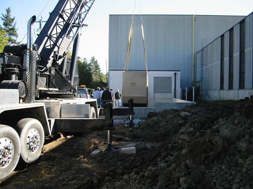 cranes and boom trucks 10