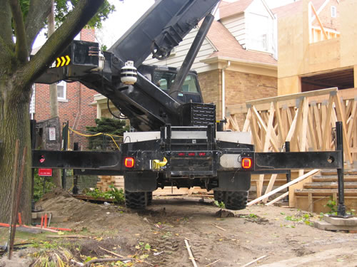 cranes and boom trucks 14