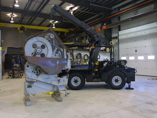 cranes and boom trucks 16